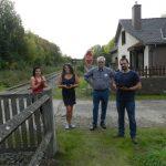 Mélanie, Sophie, Paul et Vivien au départ des voyageurs, une collaboration très conviviale menée par Michel